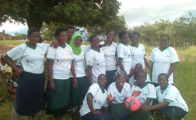 Sport t-shirts voor Kasungu ladies team